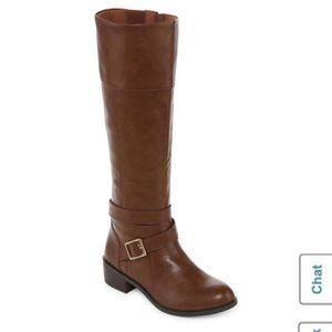 Never worn Arizona delling riding boot